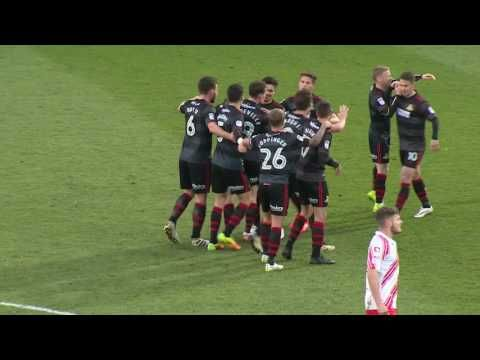 Stevenage Borough FC vs Doncaster Rovers - http://www.footballreplay.net/football/2016/12/03/stevenage-borough-fc-vs-doncaster-rovers/