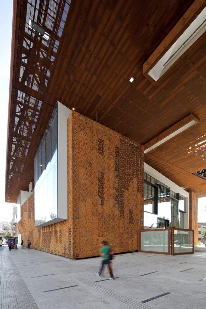 Centro Cultural Gabriela Mistral / Cristián Fernández Arquitectos, Lateral arquitectura & diseño
