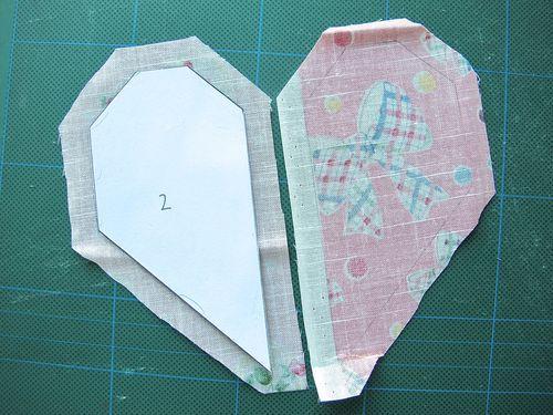 #handsewpatchwork Block 4: Heart - zakkaArt