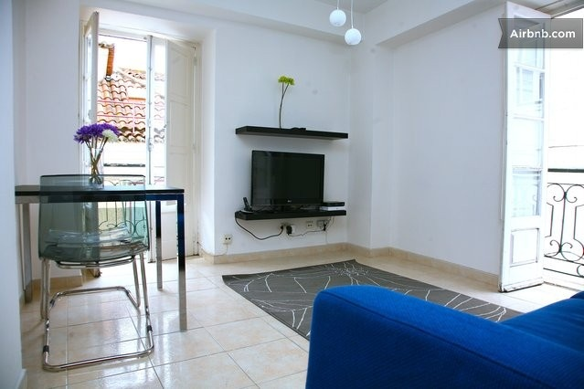 Bica Apartment ( Wi-Fi Free ) in Lisbon from $65 per night