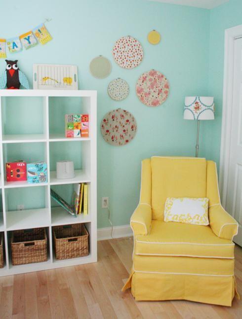 Chambre d'enfant jaune et bleu