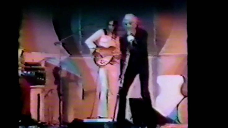 Genesis - The Musical Box - Midnight Special - 20/12/1973