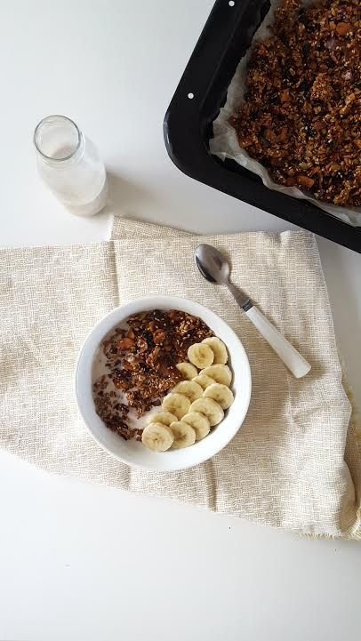 Easy Paleo Granola (Nut Free, Vegan Friendly) — Natalie Brady