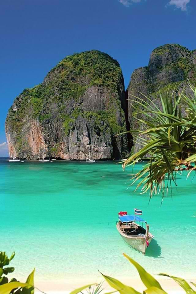 Coron Philippines  Whether it's adventure or sunbathing, it's got to be Koh #PhiPhi, Thailand. P.S. Seize the moment! http://phi-phi.com