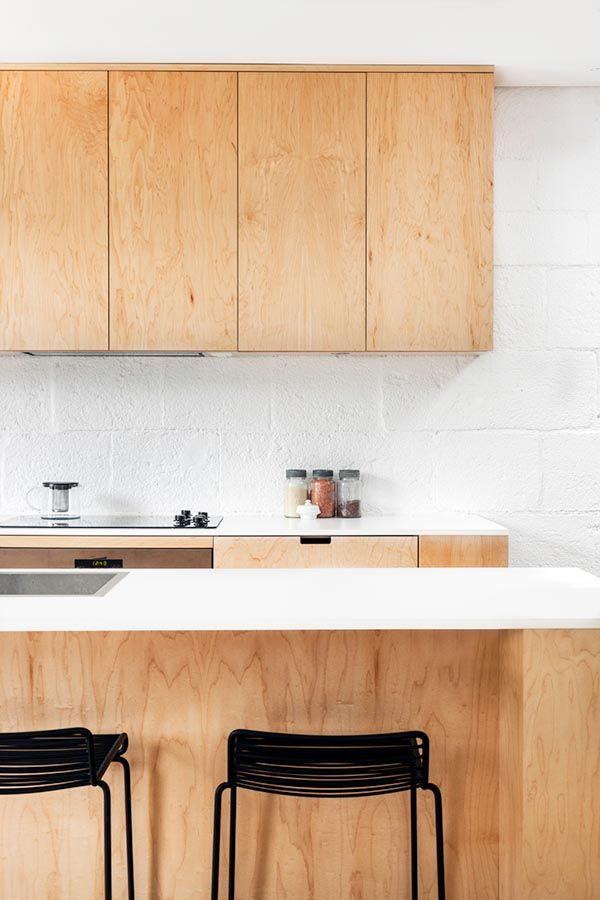 25 unieke idee n over beits op pinterest grijze vlek beits kleuren en vlekken houten meubelen - Keukenmeubelen hout recyclen ...