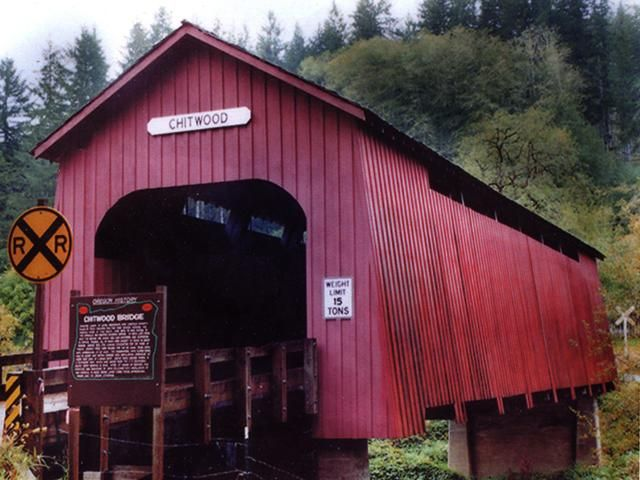 96 ft Chitwood Covered Bridge going across the Yaquina River east. of Toledo, Lincoln County, OR