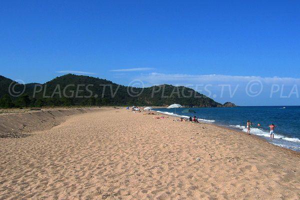 Photo de la plage de l'Ovu Santu à Ste Lucie de Porto Vecchio