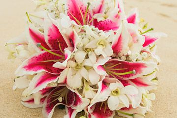 Hawaii Wedding Flowers and Bouquets