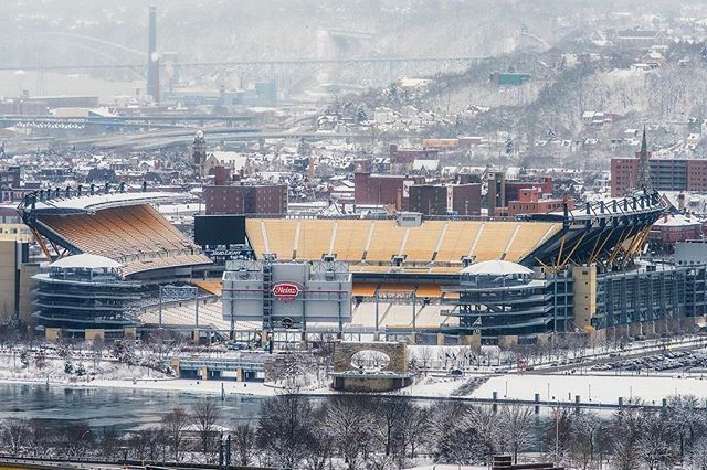 It's January in #pittsburgh and that means snow and playoff football. What a way to start the playoffs for the #steelers today!
