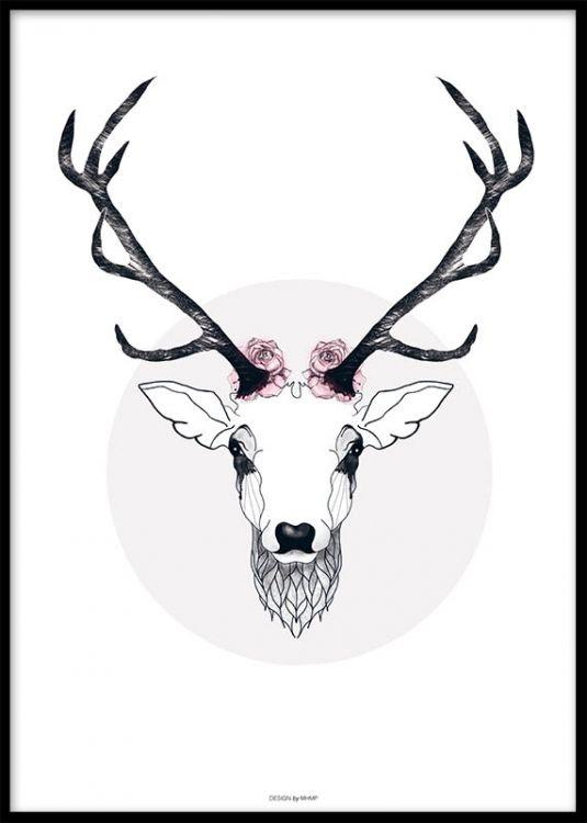 Vacker poster med en hjort från konstnären MHMP. Print i dova färger med rosor. Köp flera affischer och posters hos desenio.se och skapa en snygg tavelvägg.