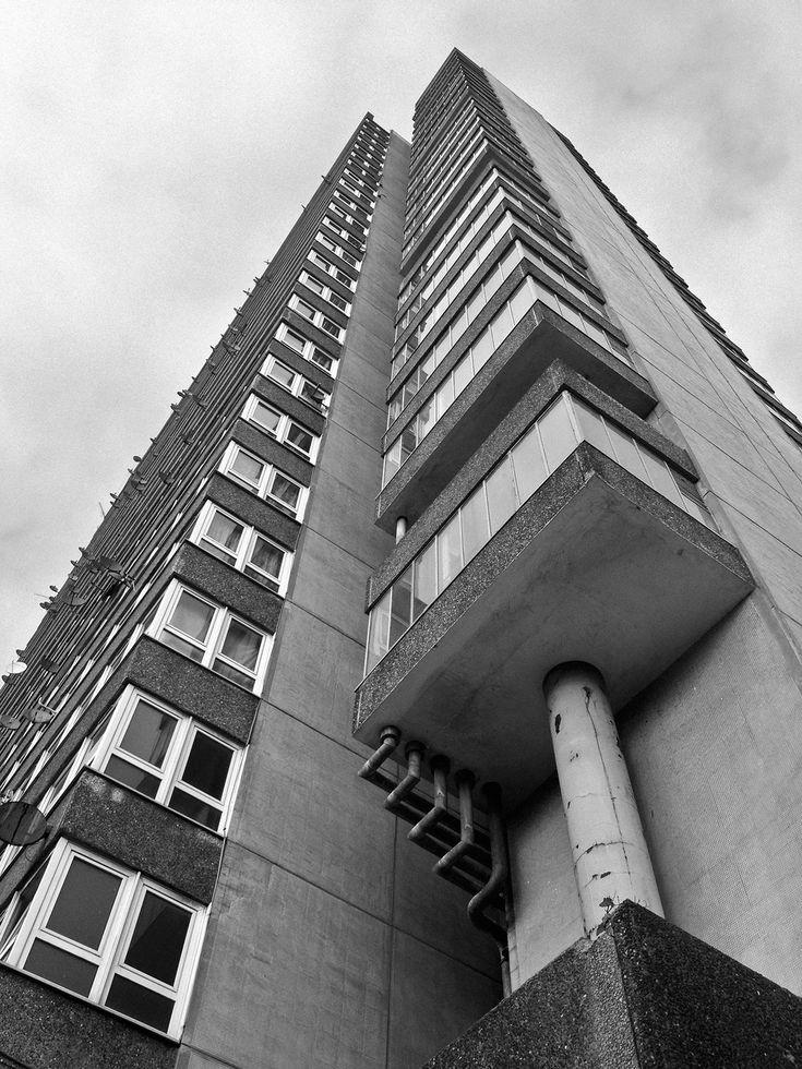 Maydew House, Abbyfield Estate, Southwark, London, Bermondsey Metropolitan Borough Council Architects, 1965-1967. Photo: Simon Phipps