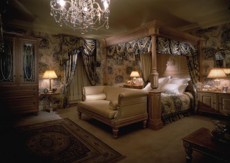 Bedroom by clive christian omg so inviting to me for Beautiful bedroom pictures me