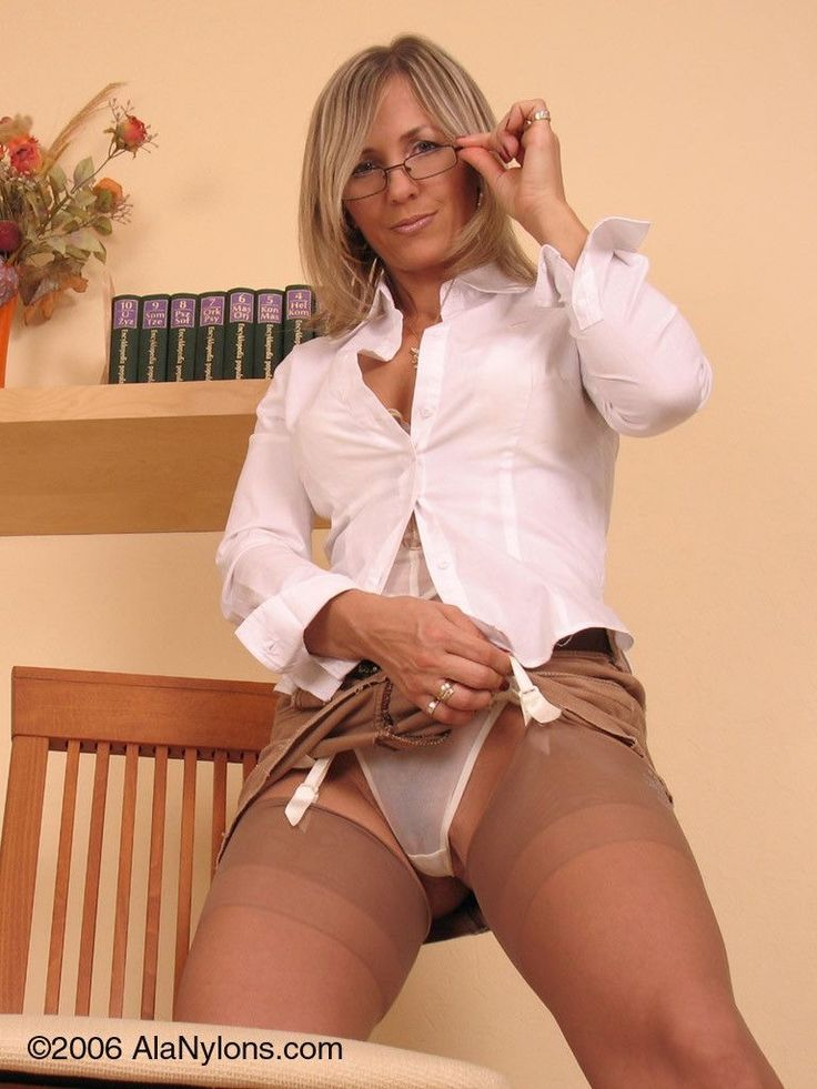 Milf lessons holly black