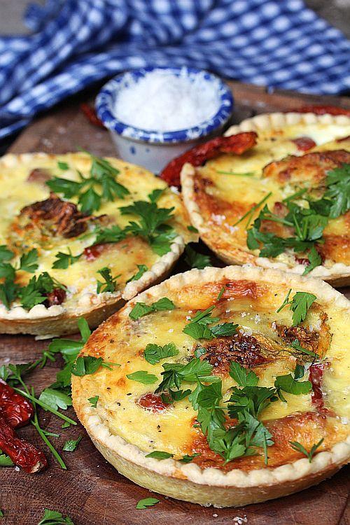 Paj med zucchiniblommor och kaviarsalt | gourmetodling® & kökshemligheter