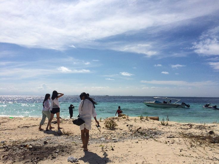 Good time with friends at Kodingareng Island, Indonesia