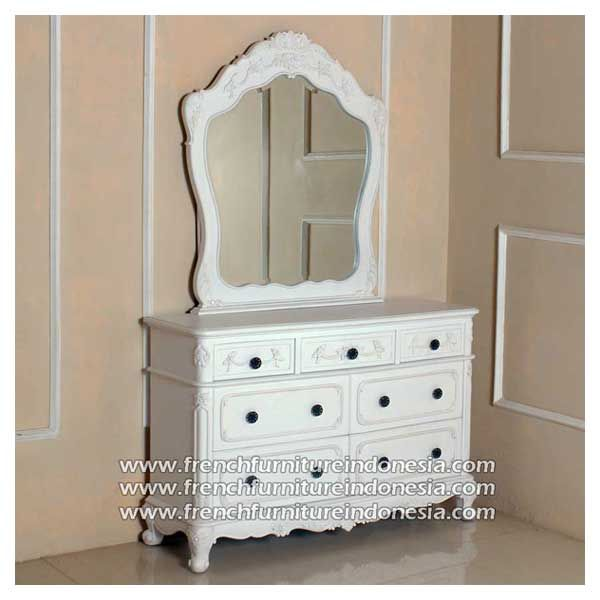 Order Selena Dressing Mirror From French Furniture Manufacturers. We are reproduction 100 % export Furniture manufacture with French furniture style,vintage furniture style,shabby chic style and high quality Finishing. This Dresser Mirror Table is made from mahogany wood with good quality and treatment process and the design has a strong construction, suitable to your home. #WoodenFurniture #IndustrialFurniture #ExporterFurniture #JeparaFurniture #WhiteFurniture