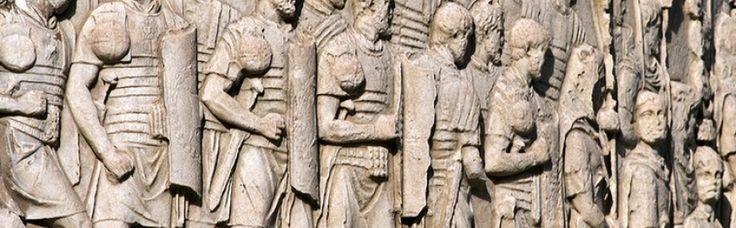 Asa cum Dacia a intrat in Imperiul Roman, in primul rand in folosul acestui stat, asa s-a petrecut si parasirea Daciei, ea fiind sacrificata pentru aceleasi ratiuni, salvarea imperiului. Prin tratatul din 102 o serie de teritorii erau trecute sub stapanirea romanilor: sudul Moldovei, Muntenia, estul Olteniei si sud-estul Transilvaniei. Toate aceste teritorii erau integrate Moesiei Inferior. In fruntea trupelor de ocupatie era Longinus. El avea in subordine o armata consulara cu cel putin ...