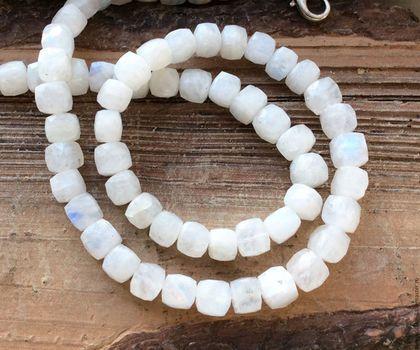 Лунный камень 7-8,5 мм кубик огранка бусины камни для украшений. Handmade.