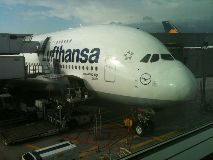 a380-841 Lufthansa at SFO - 08/2011