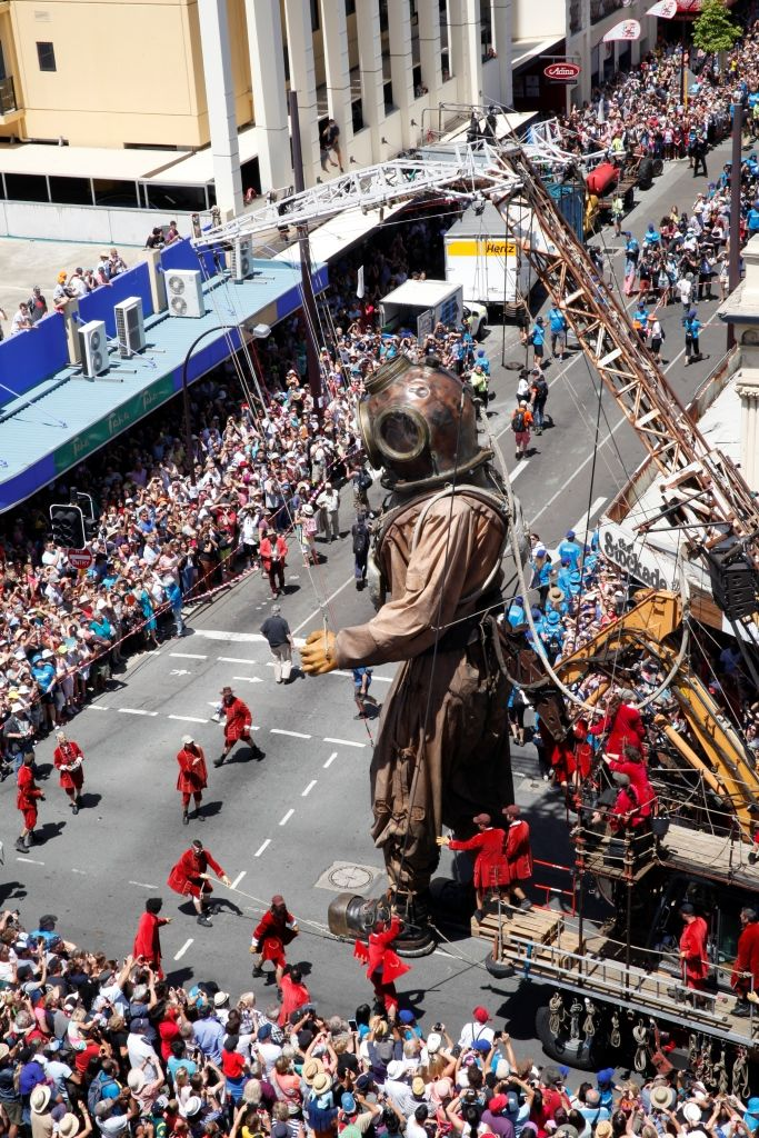 The Diver giant making a turn onto Barrack St in Perth City. Photo: Cam Campbell http://www.camc.net.au/The-Giants-Perth #thegiants #streettheatre #royaldeluxe
