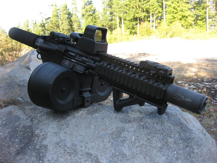 AR pistol with drum