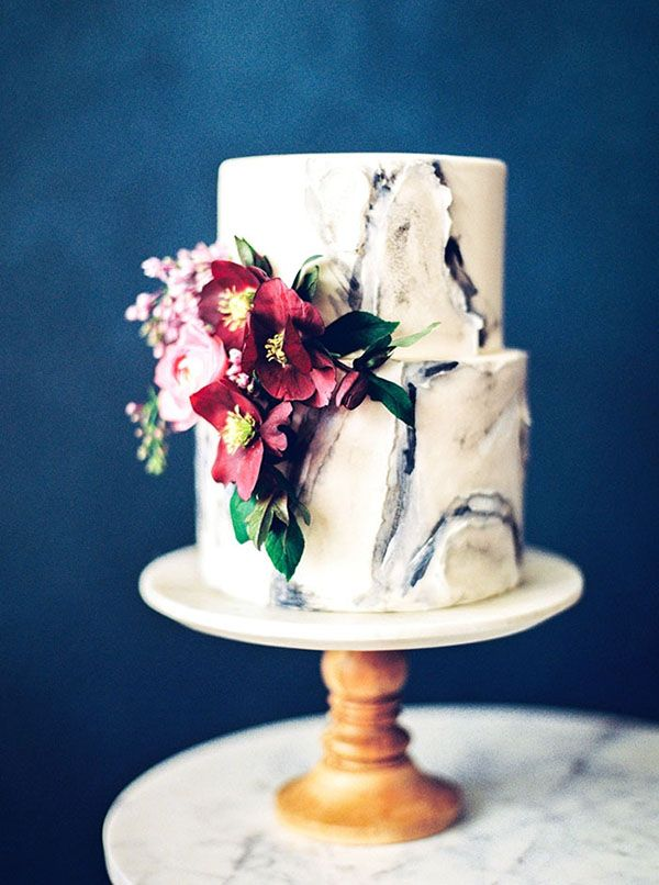 Marbled Wedding Cake with Floral Details