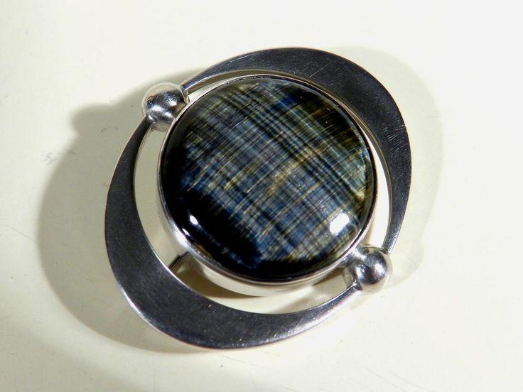 Heikki Kaksonen for Kaunis Koru, vintage modernist silver and labradorite brooch, 1963. #Finland