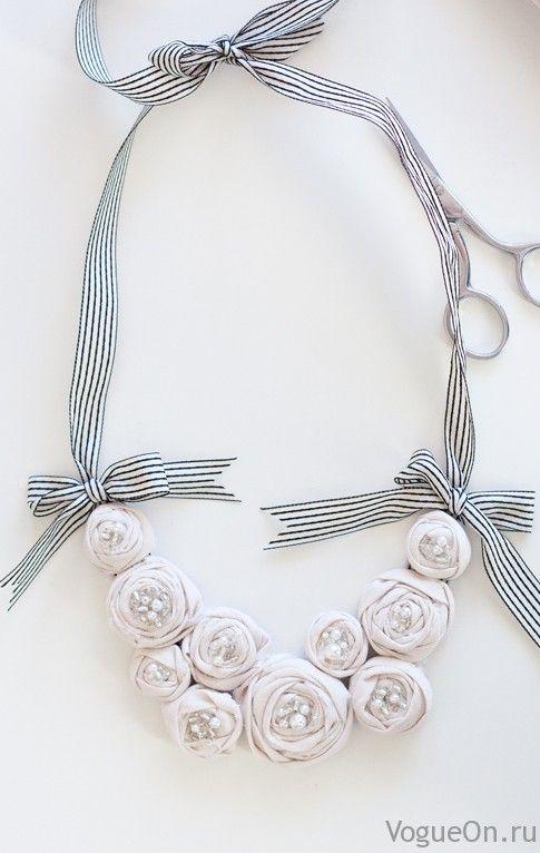 Нежное цветочное ожерелье своими руками