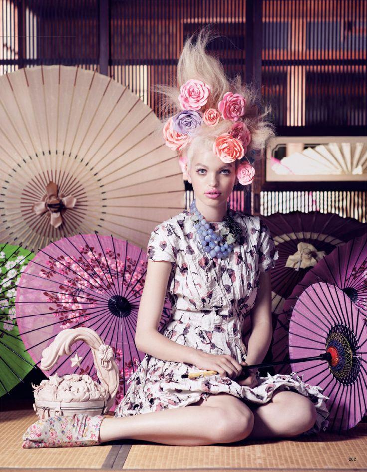 The Secret Chatter Of Golden Monkeys : 海外の写真家が描く不思議な国、日本【ファッションフォトグラフィー】 - NAVER まとめ