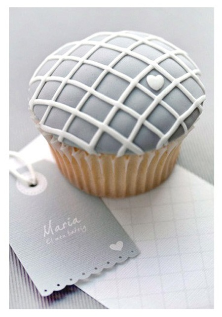 Cupcake with a little heart - chic silver-gray and white