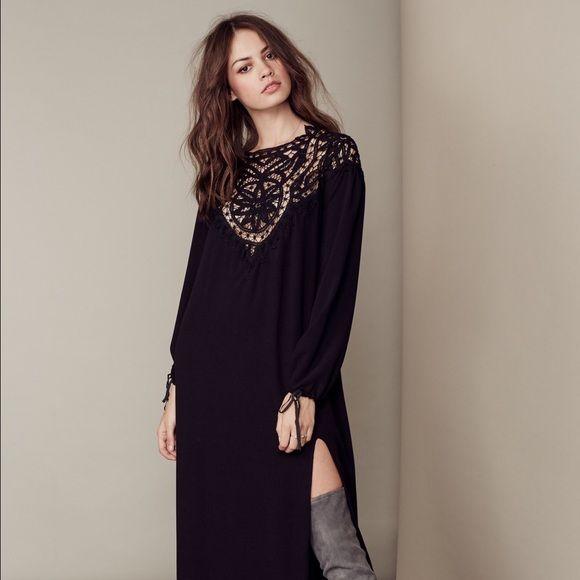 ✨Coming Soon✨ FL&L Santa Cruz Silk Maxi Dress NWT Gorgeous For Love and Lemons Black Santa Cruz Silk Maxi Dress, Size Medium. ✨No Trades/PP✨ For Love and Lemons Dresses Maxi