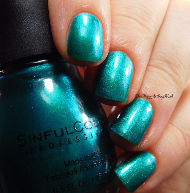 Sinful Colors Jade Kat color shift | Be Happy And Buy Polish https://behappyandbuypolish.com/2017/04/28/sinful-colors-soul-mate-jade-kat-so-daupe-deep-end-nail-polish-swatches-review/