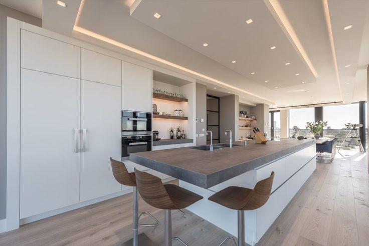 Martin van Essen - Penthouse In Den Haag