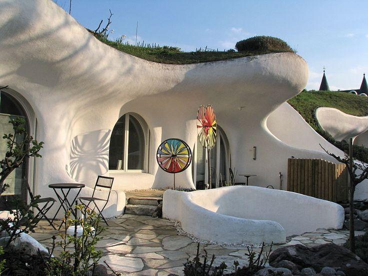 418 best underground homes images on pinterest cob houses underground homes and hobbit home. Black Bedroom Furniture Sets. Home Design Ideas