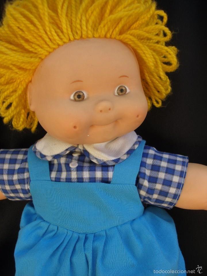 Muñeca repollo marca Famosa, Los chiquitos maravillos de Famosa, cuerpo de tela resto goma