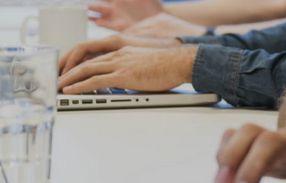 Jak poprawić przepływ dokumentów w firmie? http://www.neurosys.pl, http://www.neurosys.pl/oferta/#dedykowane-rozwiazania, http://www.neurosys.pl/oferta/#outsourcing,