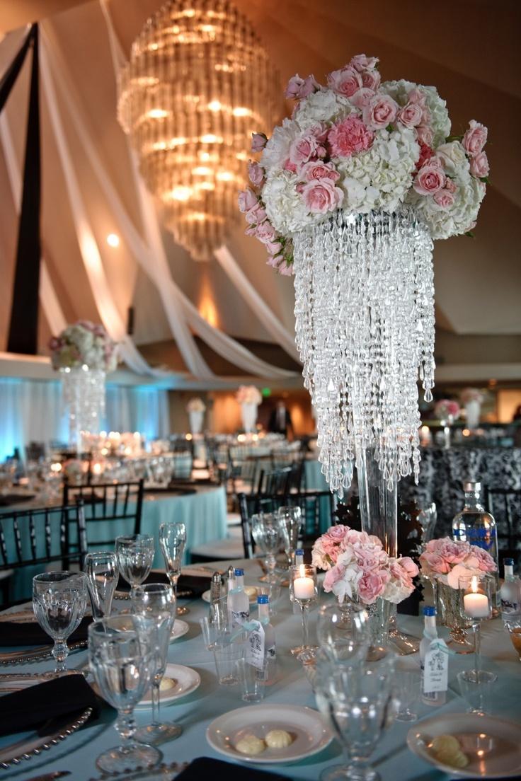 1 Elegant Event has many table crystal and rhinestone ...