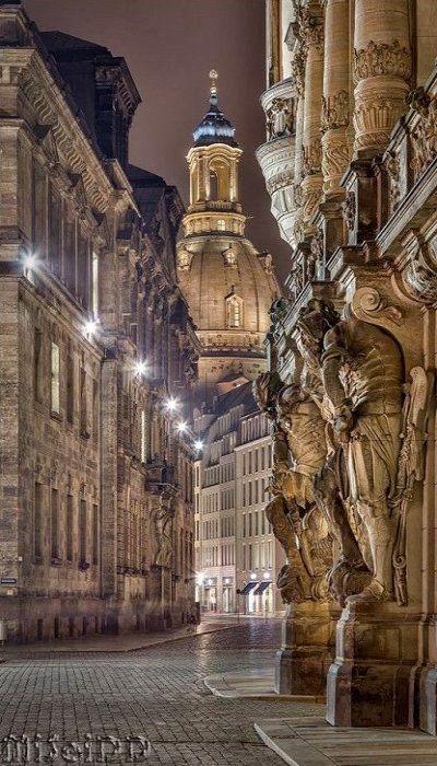 Frauenkirche Germany (by Mirko Seidel)