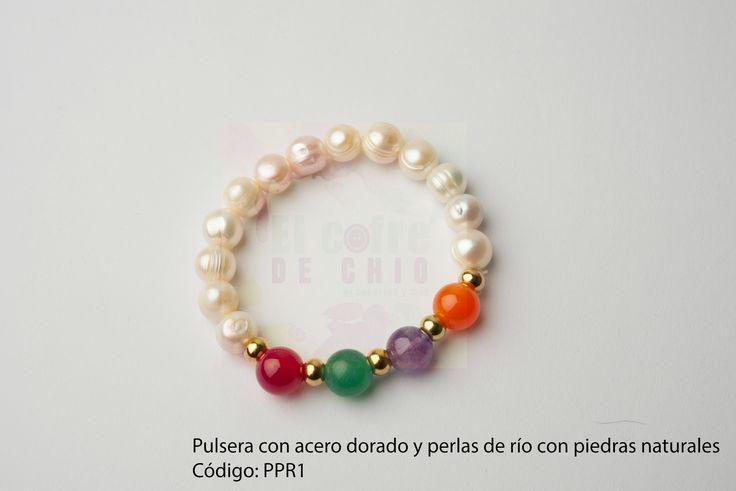 Pulsera con acero dorado y piedras naturales Código: PPR1  #pulsera #acero #piedranatural #peru #perladerio #diadelamadre #elcofredechio