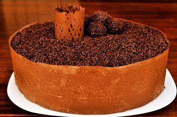 Brigadeirão: anote a receitaSweets Portuguese, Portuguese Food, Portugues Food