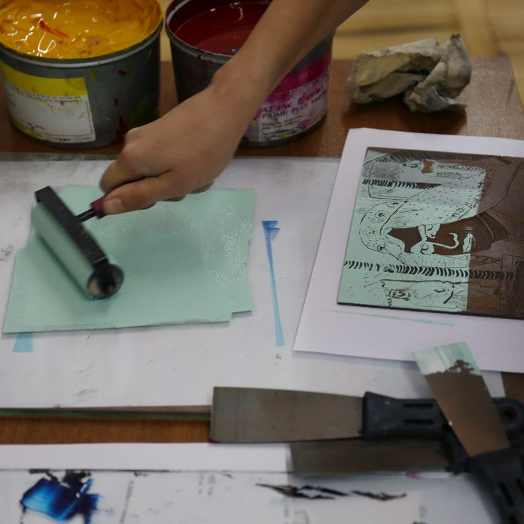 Linocut printing with Marcel Mayer