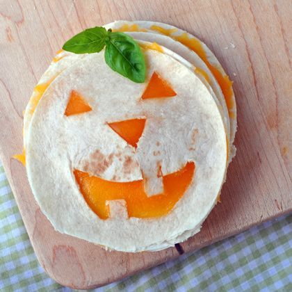 Jack O Lantern Quesadilla ~Cheese and tortillas to go with their veggies!