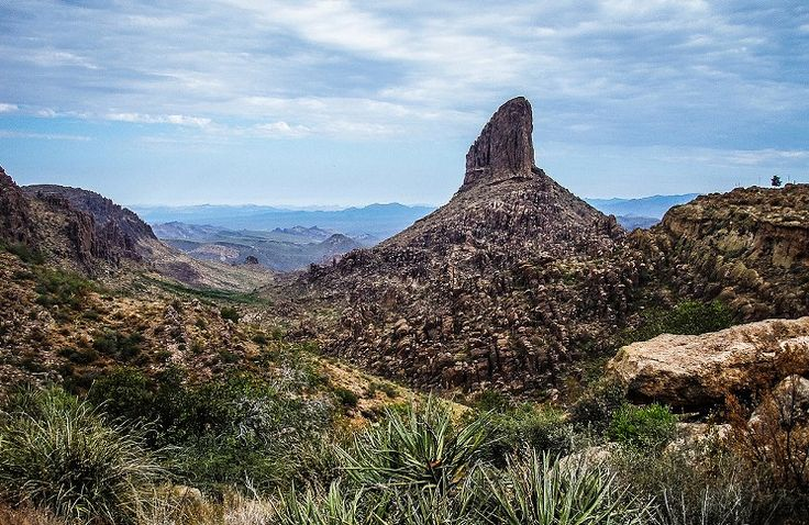 10 Best Winter Hikes Phoenix - View of Weavers Needle from Fremont Saddle - Superstition Wilderness