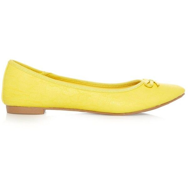 Yellow Basic Ballet Pumps (30 BRL) ❤ liked on Polyvore featuring shoes, flats, yellow, ballet / loafers, yellow ballet flats, ballet pumps, ballet shoes, round toe ballet flats and ballet shoes flats