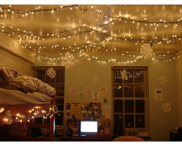 Definitely think I'll be stringing lights up like this. If I can lol