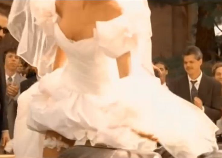 DIY Sewing The ORIGINAL November Rain Wedding Dress Design Details NOTE FRONT BODICE BOW