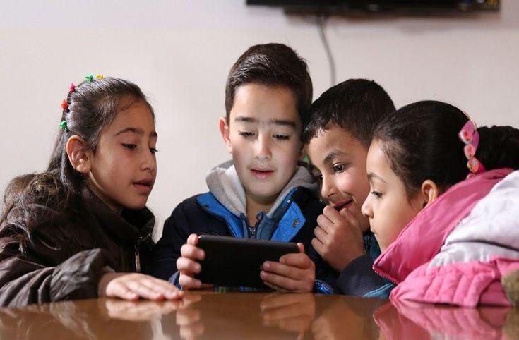 Suriye'li çocukların eğitimleri için mobil oyun yarışması düzenlendi - https://teknoformat.com/yeni-egitime-yonelik-uygulamalar-suriyeli-siginmaci-cocuklarin-ogrenmelerine-oynamalarina-yardimci-olacaklar-12074