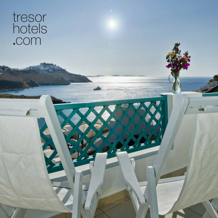 Trésor Hotels and Resorts_Luxury Boutique Hotels_#Greece_ Fildisi boutique hotel is only a 3 minute walk from the Chora, the main town of the island. The picturesque location and the breathtaking view join forces to make you fall in love with the whole setting. Apparently this hotel has made special arrangements with both the sun and the moon in their rising, emitting a unique kaleidoscope of colors.The open horizon of Astipalaia belongs to you.