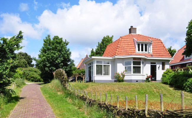 Wie wil dat nu niet? Een weekend Schiermonnikoog! we hebben 5 vakantiehuizen op Schiermonnikoog waar voor ieder iets tussen zit. Lees er hier meer over.