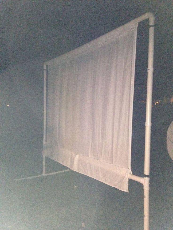 DIY Outdoor Movie Screen (low cost) standing design #diy #moviescreen